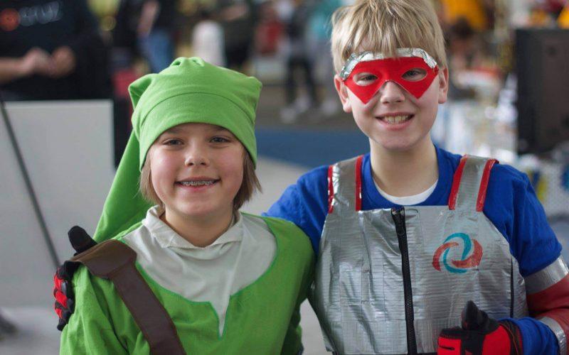 Child cosplayers